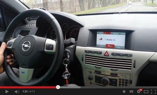 Demonstrace funkce hlídání rychlosti jízdy vozu a zobrazení digitálního rychloměru
